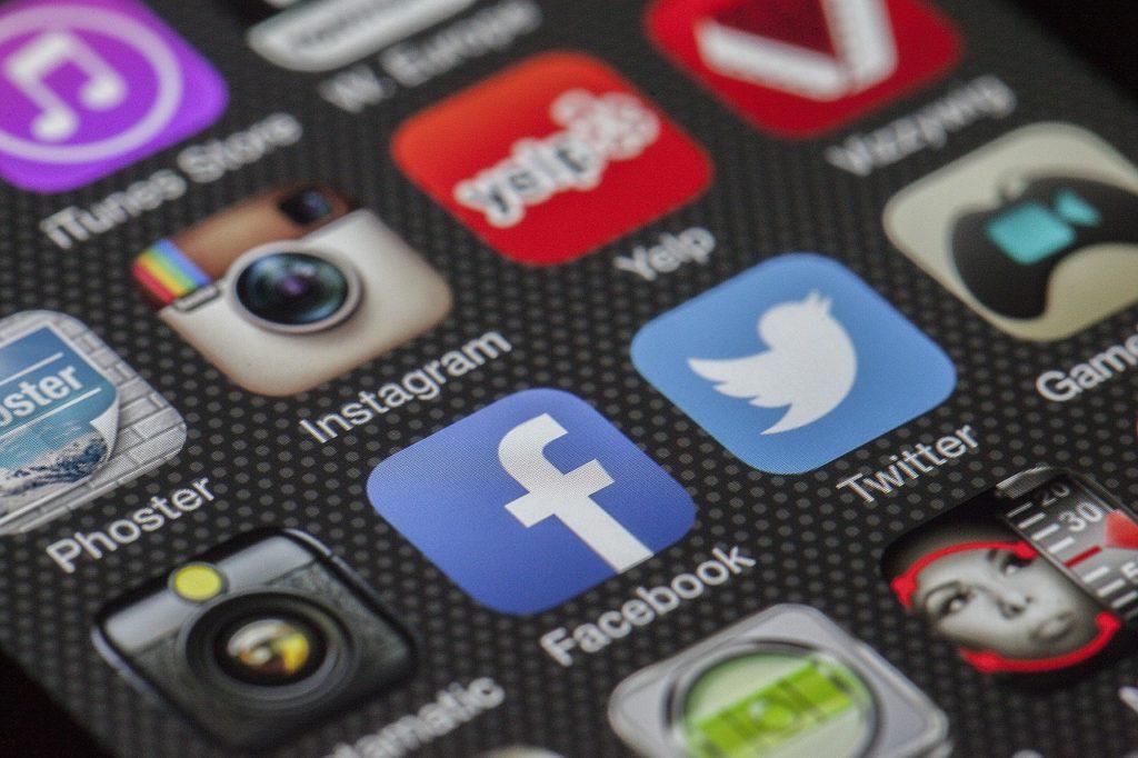 Новое оформление Facebook Messenger
